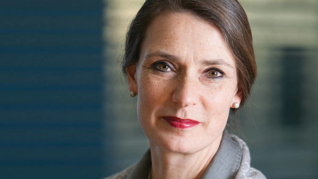 Vivienne Artz – Chief Privacy Officer, Refinitiv